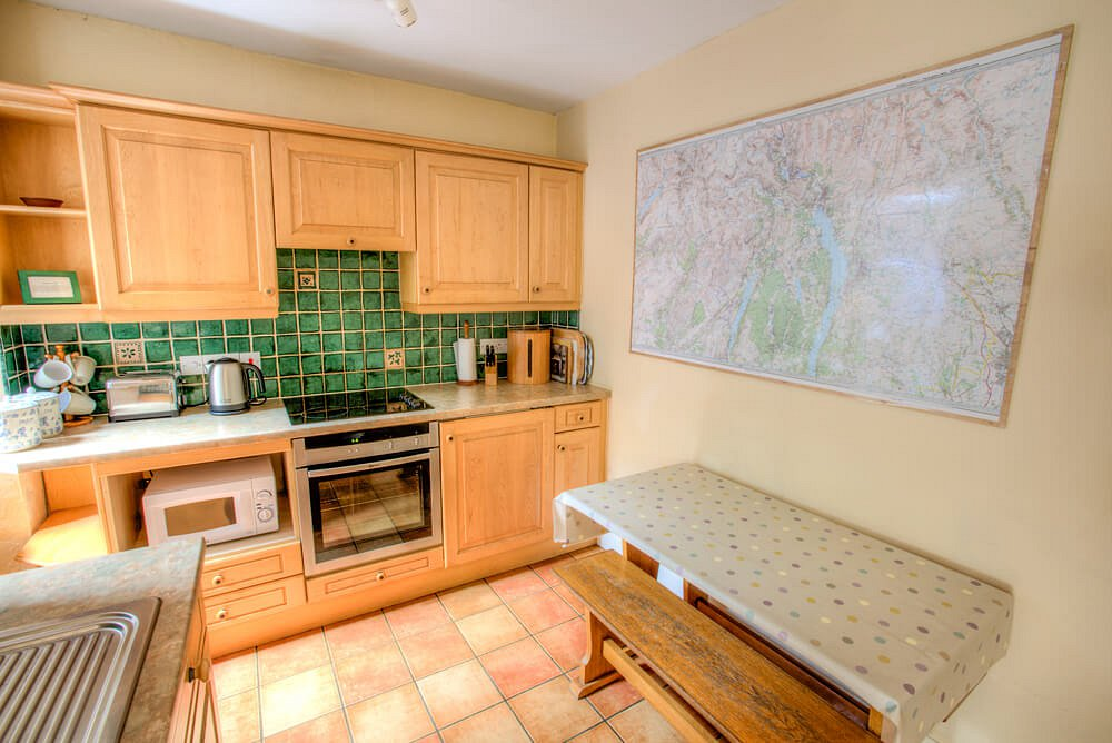 2 Lingmoor View, Kitchen