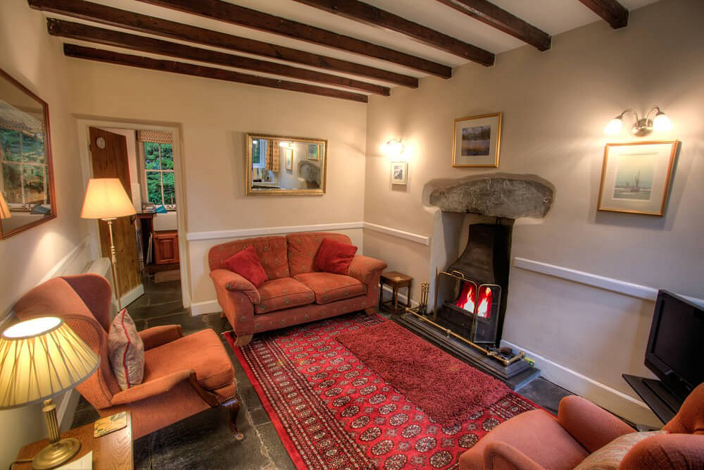 3 Tarn Cottages, Lounge